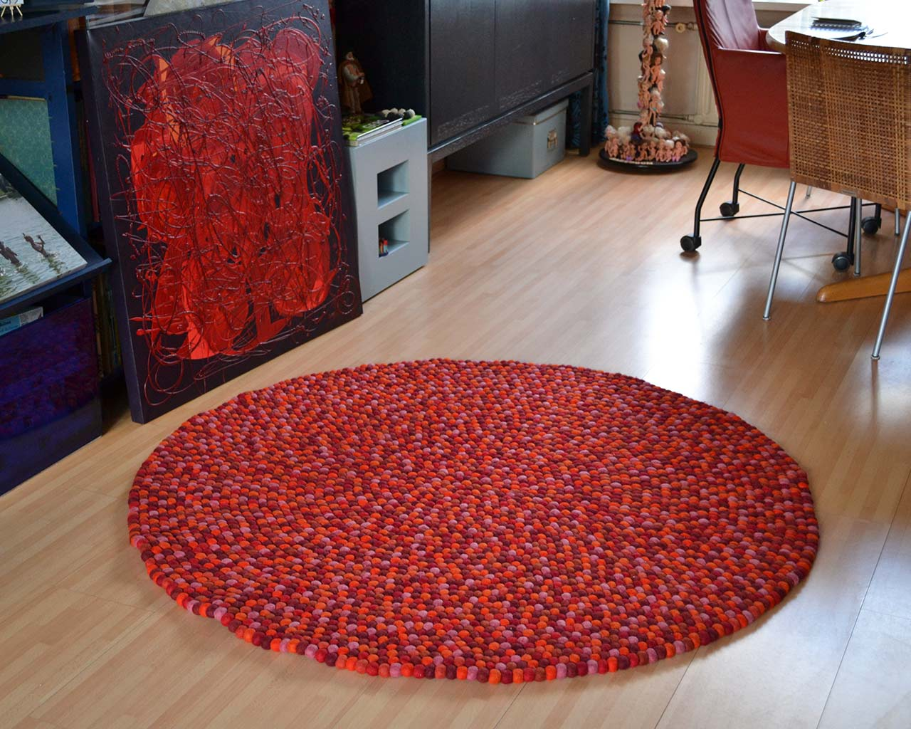 rose color carpet felt balls
